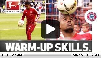 Video: Douglas Costa en Thiago vermaken tijdens warming-up