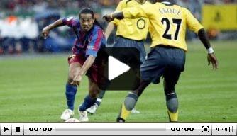 Video: jarige Larsson gaf in 2006 twee assists in CL-finale
