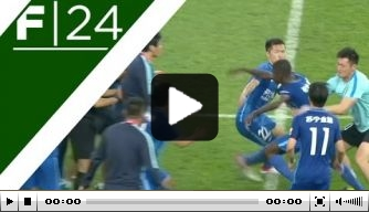 Video: fans AIK zingen voor jarige doelpuntenmaker