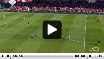 Video: Gigantische blunder oud-speler Vitesse in België