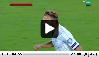 Video: Immobile redt Italië in slotminuut