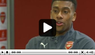 Video: Arsenal-spelers Xhaka en Iwobi interviewen elkaar