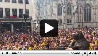 Video: feest op Grote Markt na promotie van NAC
