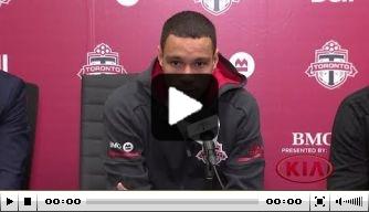 Video: Van der Wiel gepresenteerd bij Toronto FC