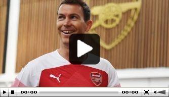 Video: back Lichtsteiner verbindt zich aan Arsenal