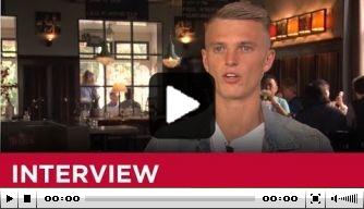 Video: AZ maakt uitgebreid portret van aanwinst Gudmundsson