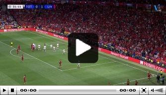 Origi schiet de beslissende 0-2 binnen en bezorgt Liverpool CL