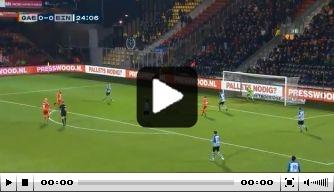 Video: Adelaarshorst likt vingers af bij fantastische omhaal