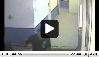 Video: Lens-speler mishandelt Bastia-directeur