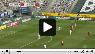 Video: onwaarschijnlijke misser van Leverkusen bij Gladbach