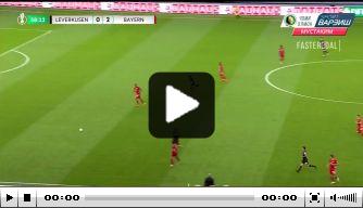 Video: Afgrijselijke blunder Leverkusen-doelman in bekerfinale