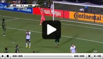 Video: Monteiro met Philadelphia uitgeschakeld door misser