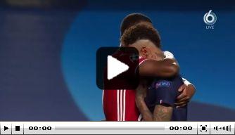 Video: tot tranen geroerde Neymar laat zich troosten door Alaba