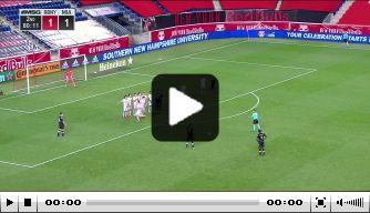 Video: Higuaín maakt winnende goal uit fraaie vrije trap