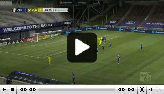 Video: kopbal Hagglund bezorgt Stam eindelijk weer een zege