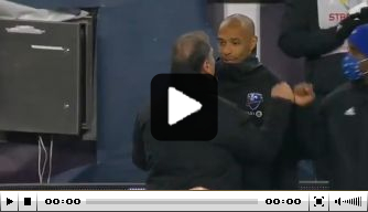 Video: club van Thierry Henry loopt in slotseconde play-offs mis
