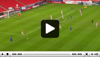 Video: Leicester-verdediger Justin maakt wereldgoal in FA Cup