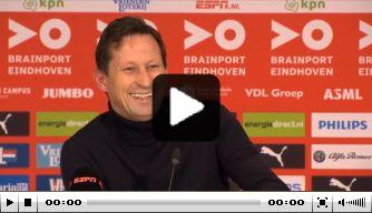 Video: Schmidt schiet in de lach na reactie op bekerloting