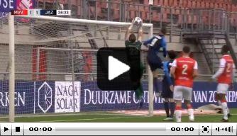 Video: knullige eigen goal Havekotte, doelman imiteert Zoet