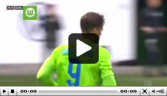Video: Weghorst verschalkt Neuer en maakt goal nummer 19