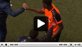 Video: Zeefuik bij debuut jongste doelpuntenmaker in 37 jaar