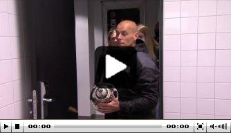 Video: PSV-speelsters vieren uitbundig feest na bekerwinst
