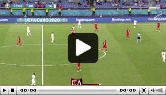 Video: Ongelukkige Demiral maakt eerste (eigen) doelpunt op EK