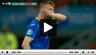Video: Yarmolenko brengt spanning terug met heerlijke goal