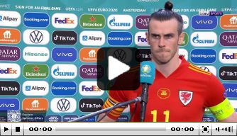 Bale loopt boos weg bij interview na uitschakeling Wales