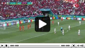Drama voor Oranje: Holes zet Tsjechië op 0-1