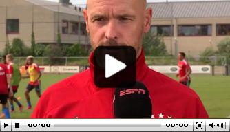 """Video: Ten Hag gevraagd naar Berghuis-transfer: """"We willen beter"""""""