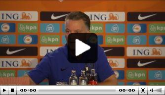 """Van Gaal haalt uit naar Driessen: """"Je hebt er geen verstand van"""""""