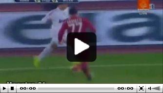 Video v/d dag: Pato gooit trukendoos open