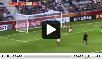 Video: Spanje wint na misser Engelse keepster