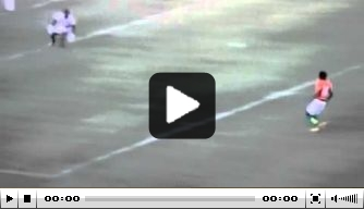 Video: Gervinho speelt tegenstander uit, maar mist hopeloos