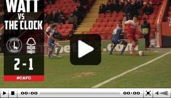 Video: Charlton-spelers vestigen nieuw record tijdrekken