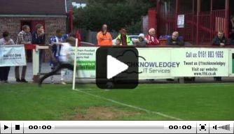 Video: jonge fan snoept Wigan-speler corner af